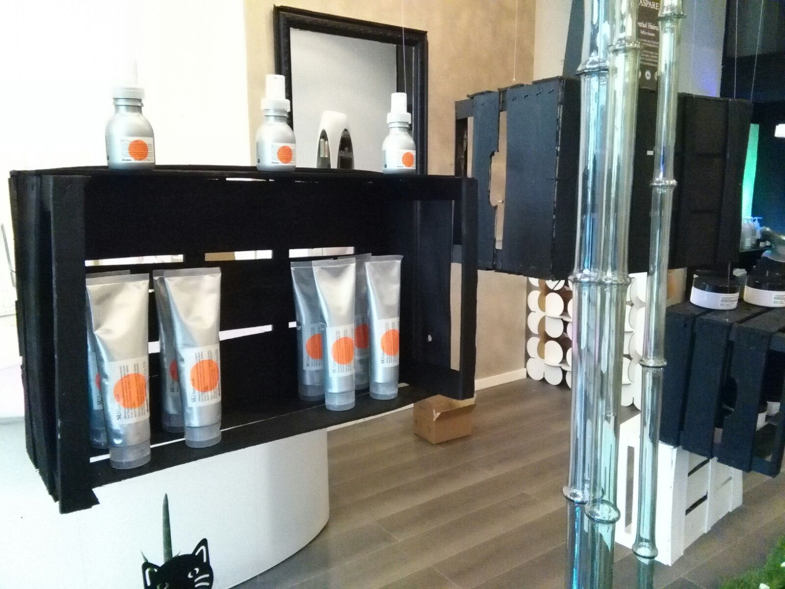 arredamento negozio prato hairdressing furniture
