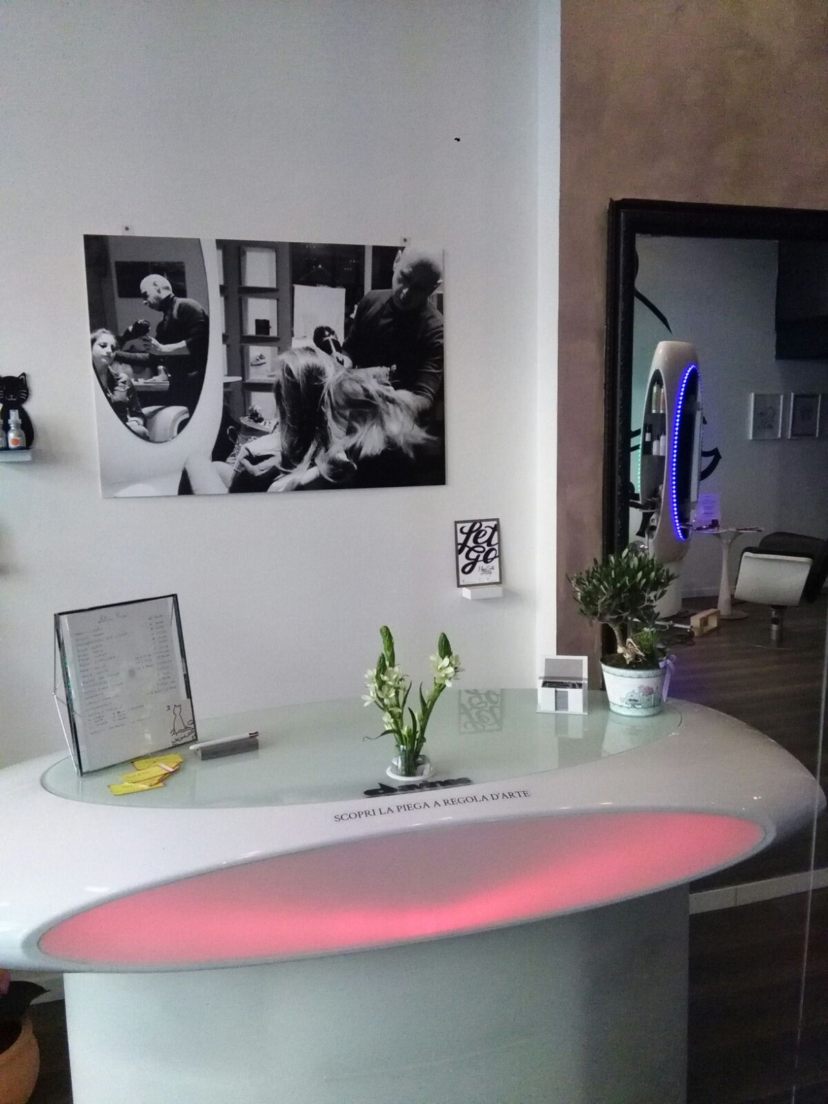 interior designer negozio parrucchiere prato hairdressing furniture
