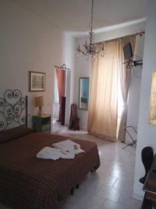 vecchia camera 225x300 - stanza a tema Leonardo